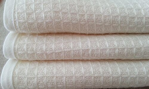 Use Linen Towels to Get the Best After Shower Experience