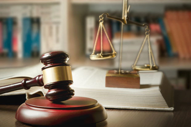 5 Points to Consider When Selecting an Attorney