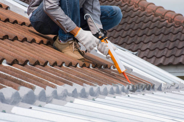 Sealing a Roof with a Roof Coating